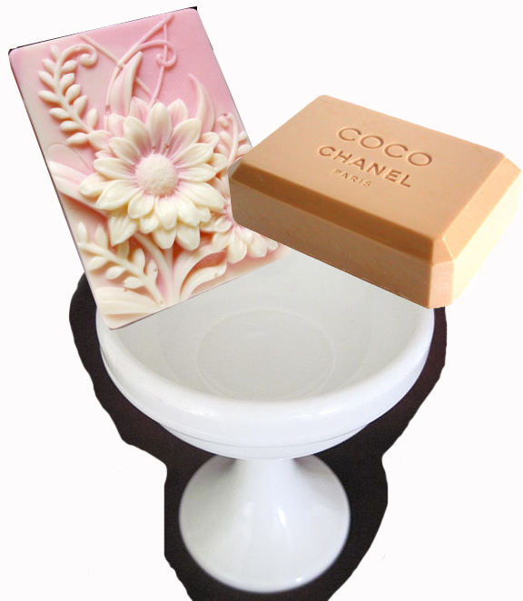 Creative Gift Idea U2013 Milk Glass Bathroom/Vintage Vanity Accessories
