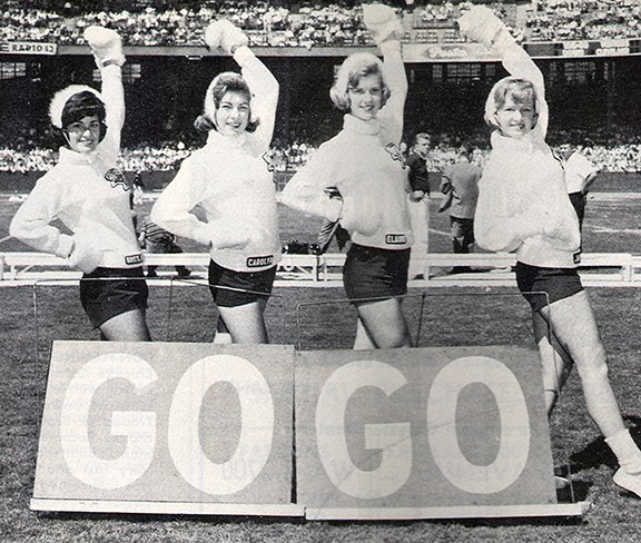Vintage-Cheerleaders-1960s-Cleveland