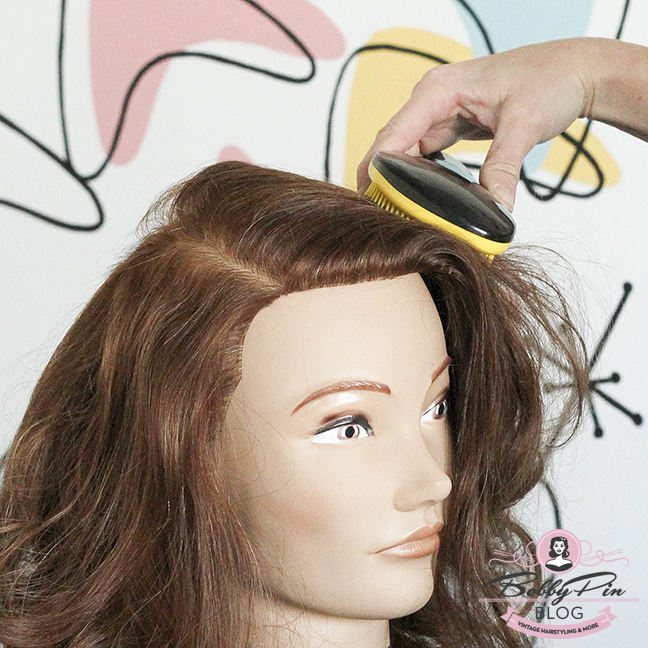 easy-vintage-hairstyle-02