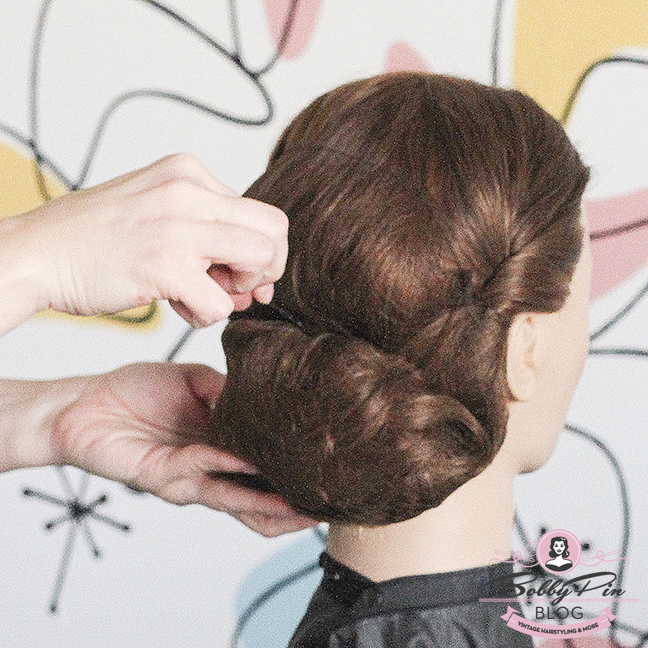 easy-vintage-hairstyle-26