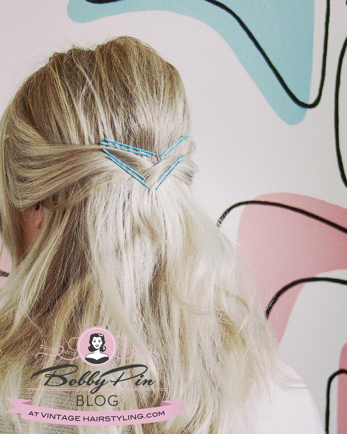 tintomatic_blue_aqua_cyan_bobby_pins_blonde_hair_boomerang_retro_pattern